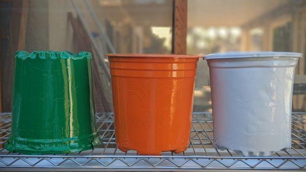 plastic Halloween pot project spray painted
